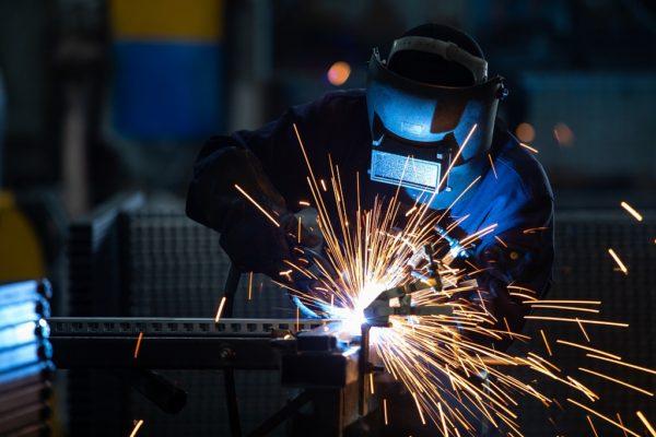 溶接工・鉄筋工として働いてみたいけど不安…という方へ!